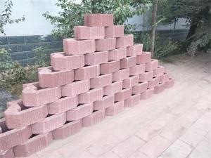 彩色挡土砖
